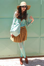 Aquamarine-tights-burnt-orange-boots-aquamarine-bag-aquamarine-sunglasses