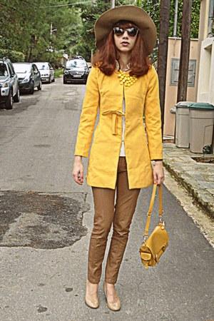 mustard romwe coat - camel H&M hat - mustard bag - neutral Steve Madden heels