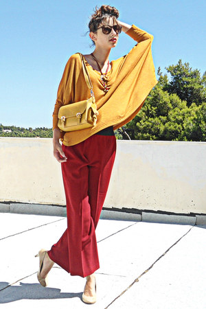 mustard lulus bag - mustard Zara top - ruby red pants - nude Steve Madden pumps