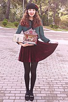 crimson velvet romwe skirt - black beret hat - black tights