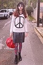 Black-boots-white-peace-sign-romwe-sweater-green-tartan-tights