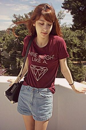 maroon diamond romwe t-shirt - black Chicwish bag