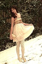 cream tights - gold vintage dior shoes - cream Tell Her You Saw Me dress