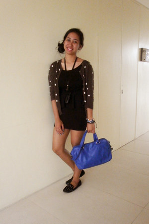 charcoal gray polka dot cardigan - black peplum genevieve gozum dress