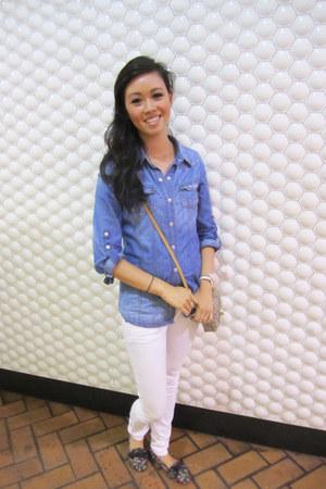 blue denim shirt Life In Progress top - white denim pants free people jeans