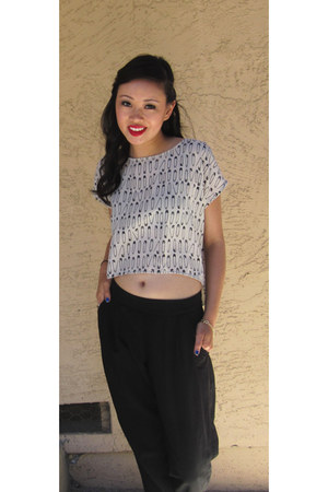 off white H&M blouse - black gathered ankle Bar 3 pants