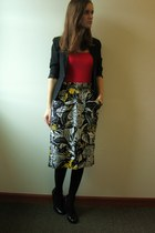 black Goodwill blazer - black Jessica Simpson heels - red Old Navy top - white v