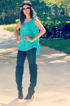 black otk Dolce Vita boots - black leggings - turquoise blue silk vintage top