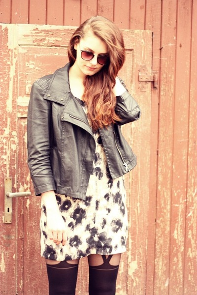 Topshop tights - animal print Sparkle & Fade dress - studded Mango jacket