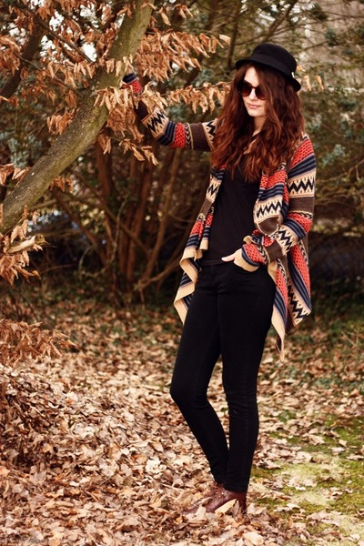 aztec Review cardigan - brown H&M shoes - skinny BDG jeans - black H&M hat