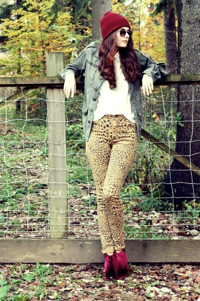 burgundy Sign boots - leopard Cheap Monday jeans - burgundy H&M hat