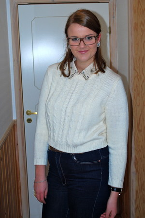 ivory sweater - navy jeans - beige blouse