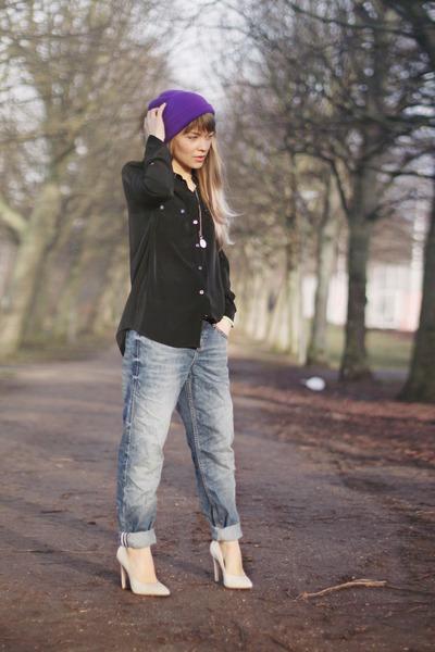 sky blue boyfriend River Island jeans - purple knitted Ebay hat
