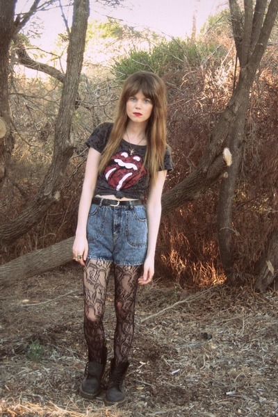 H&M top - thrifted shorts - Dr Martens boots - Forever New tights