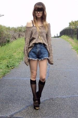 jumper - shorts - wedges