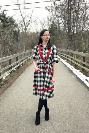 ruby red Family Affairs dress - black HUE tights - black Target heels