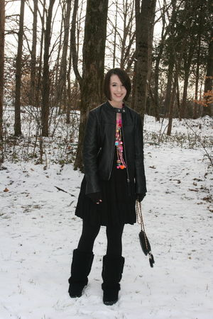black thrifted purse - black bearpaw boots - pink vintage necklace - black Kenar