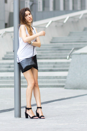 black Zara bag - silver new look top - gray Zara skirt - black Zara sandals