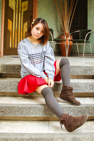 silver Vanilla Pop sweater - heather gray Forever 21 socks - red Bubbles skirt