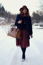 brick red H&M skirt - black Jeffrey Campbell boots - navy H&M coat