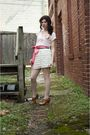 Pink-top-white-skirt-pink-belt-pink-necklace-pink-tights-brown-shoes