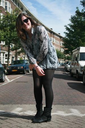 snake stylestalker blouse - H&M sunglasses - H&M Trend skirt