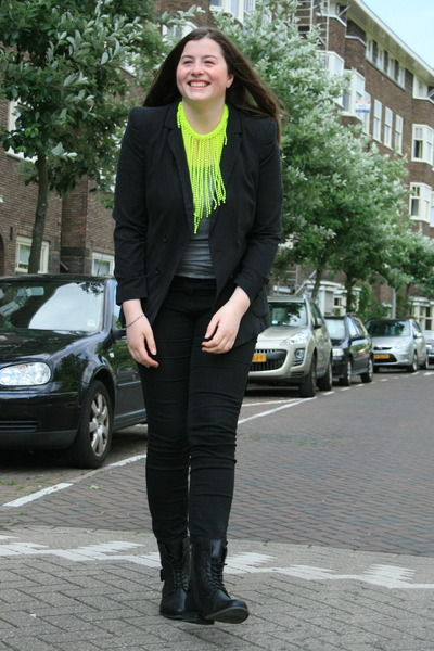 neon H&M necklace - H&M jeans - gestuz blazer - H&M top