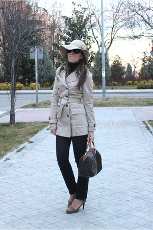 tan trench Zara coat - black Uniqlo jeans - tan H&M hat