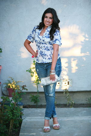 Forever 21 jeans - Forever 21 shirt - Forever 21 accessories - Anchor Blue shoes