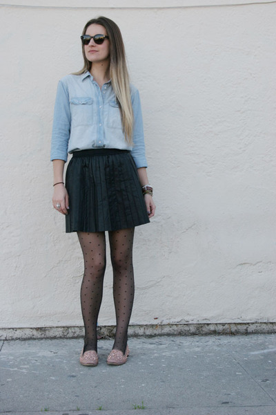 free people skirt - chambray madewell shirt - spotted HUE tights