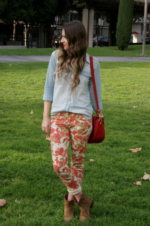 eggshell floral print Paige jeans - camel Frye boots - light blue madewell shirt