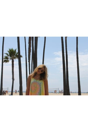 pleather H&M jacket - UNIF dress - Quay Australia sunglasses