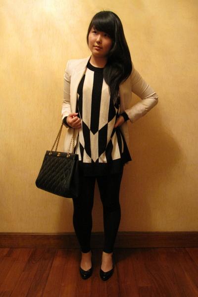 Zara blazer - vintage chanel purse - Target shoes - H&M top