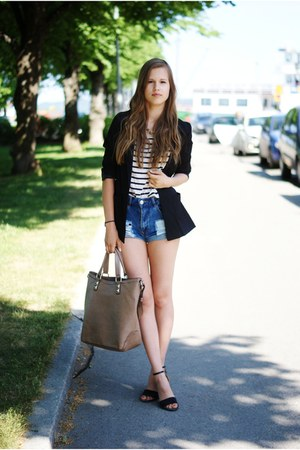 black H&M blazer - camel Zara bag - blue Bik Bok shorts - Bianco heels
