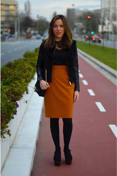burnt orange Prada skirt - black fur Zara jacket - black Zara bag