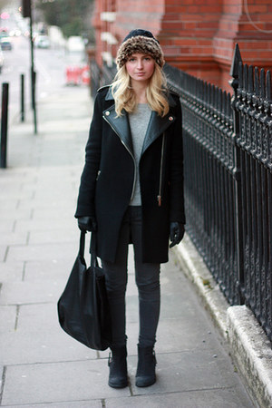 leather collar Zara coat - Topshop boots - Primark jeans - fur Furla hat
