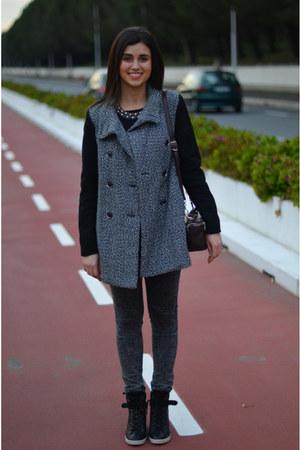black Primark sneakers - gray black sleeves Mango coat - dark gray Zara jeans