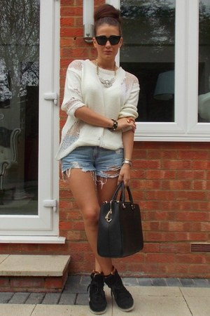 Missguided sweater - abercrombie and fitch shorts