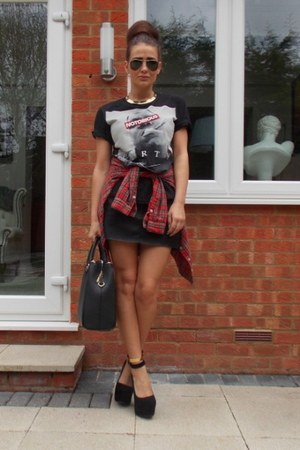 Zara bag - Forever 21 shirt - Zara skirt - Urban Outfitters t-shirt