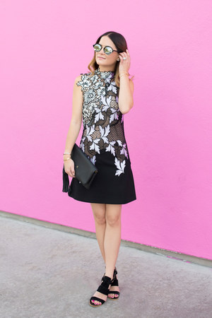 black lace Self-Portrait dress - black clutch GiGi New York bag