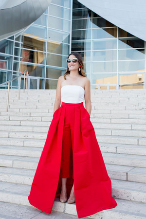 red silk Alexia Maria pants - black cat eye kate spade sunglasses