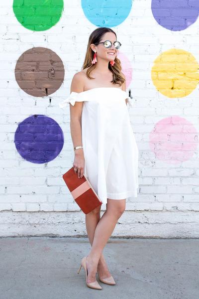 white bow Rebecca Minkoff dress - salmon clutch Clare V bag
