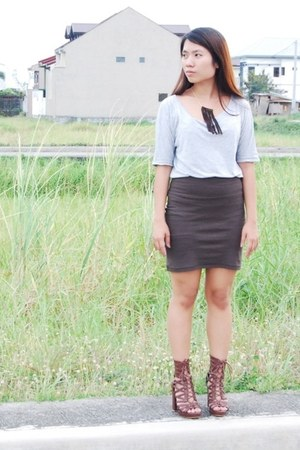 heather gray bazaar find top - dark brown brown bodycon Forever 21 skirt - dark