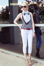 navy polka dots thrifted scarf - white skinny cropped unknown jeans