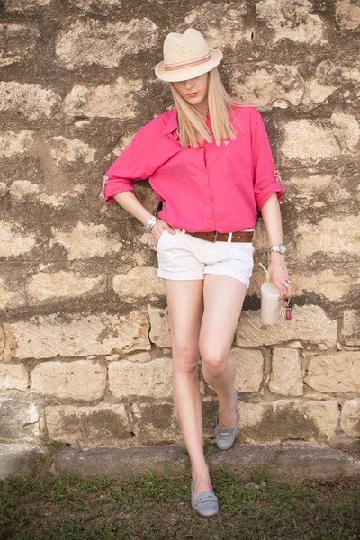Pink Blouse With White Shorts | Chictopia