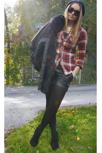 red H&M shirt - black Topshop jacket - black Tart shorts - Steve Madden wedges