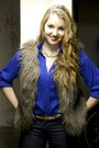 Blue-modcloth-shirt-brown-buffalo-vest