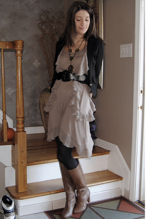 brown H&M dress - black Forever 21 blazer - brown BCBG boots - black Forever 21