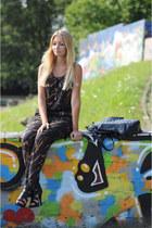 H&M heels - Bershka romper