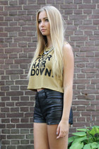 black H&M shorts - olive green Bershka top - H&M necklace